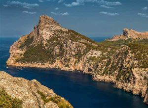 Majorca holiday attractions